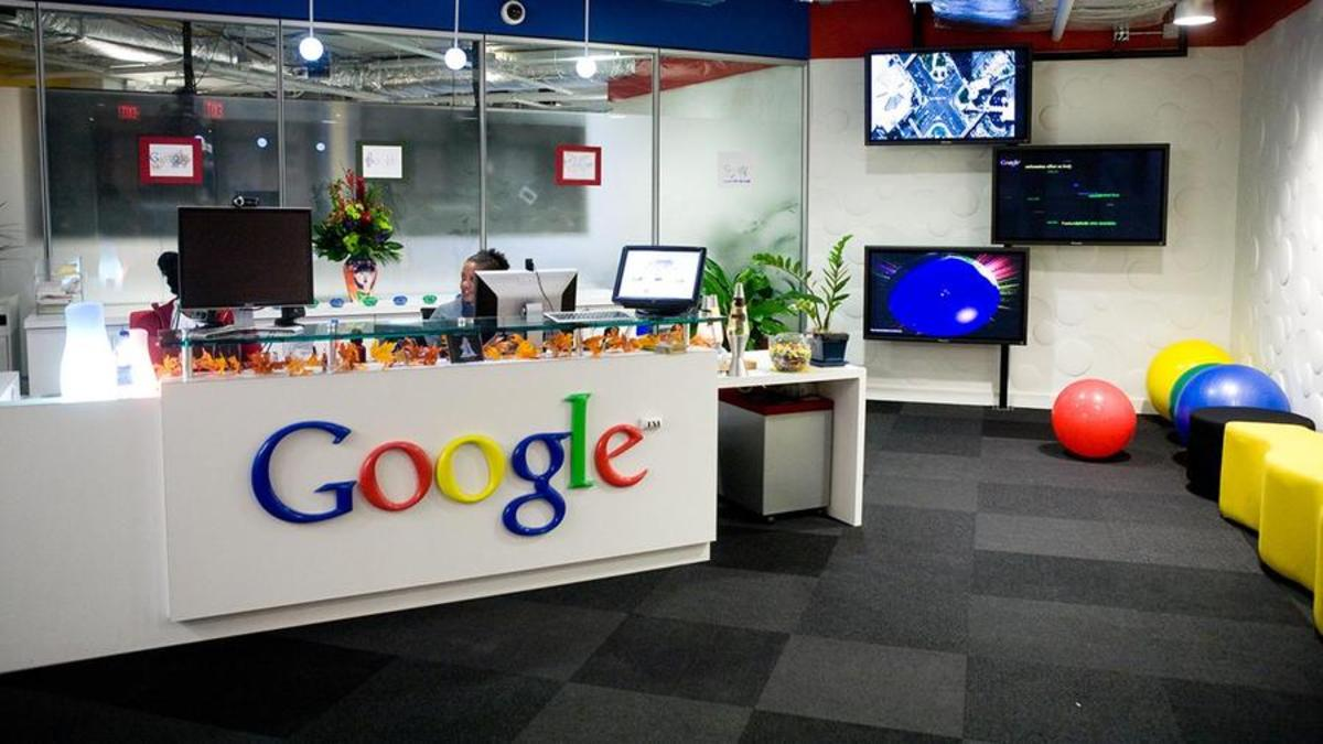 Image of article 'Google Extends Work-From-Home Order Until Summer 2021: Report'