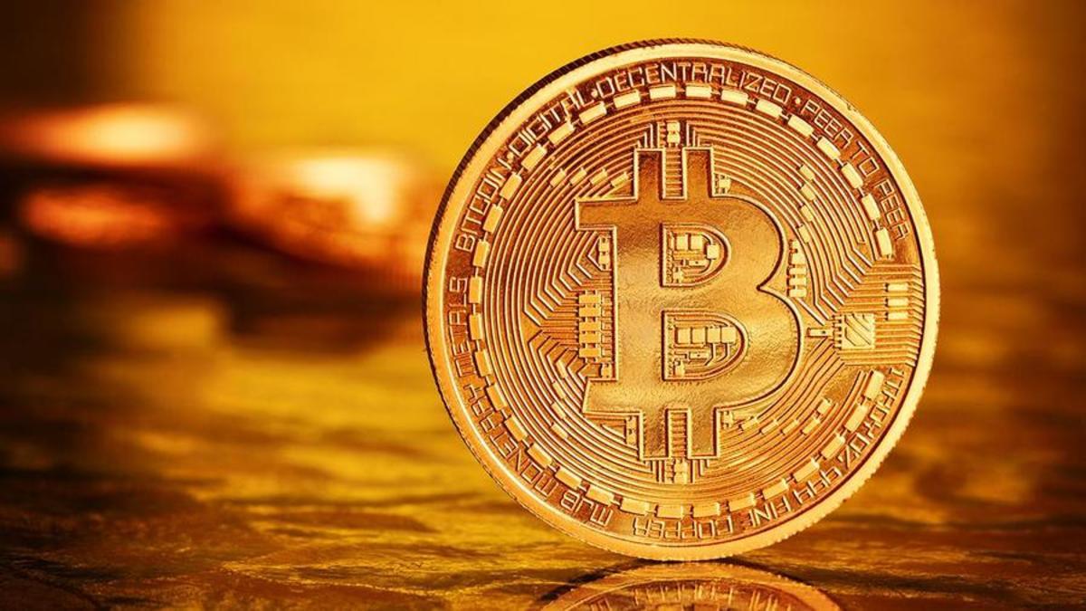 The Future Lies in Bitcoin Says Shark Tank's Robert Herjavec