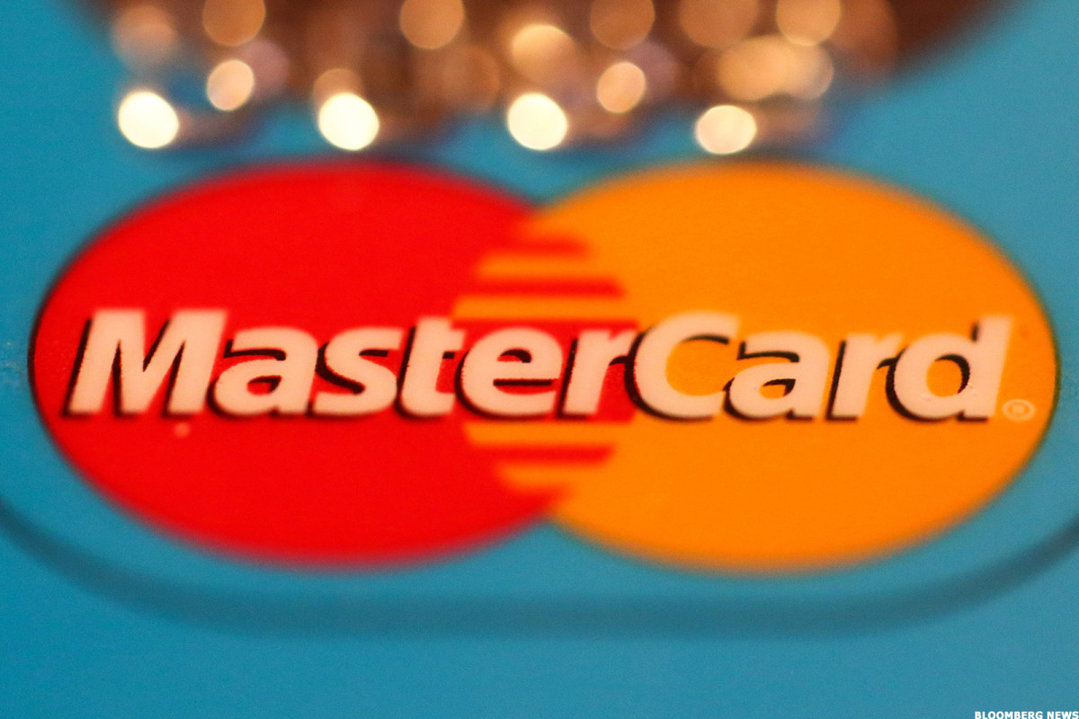 Credit-Card Giants Visa, Mastercard, AmEx Clipped as Analysts Warn of Steep Earnings Drop