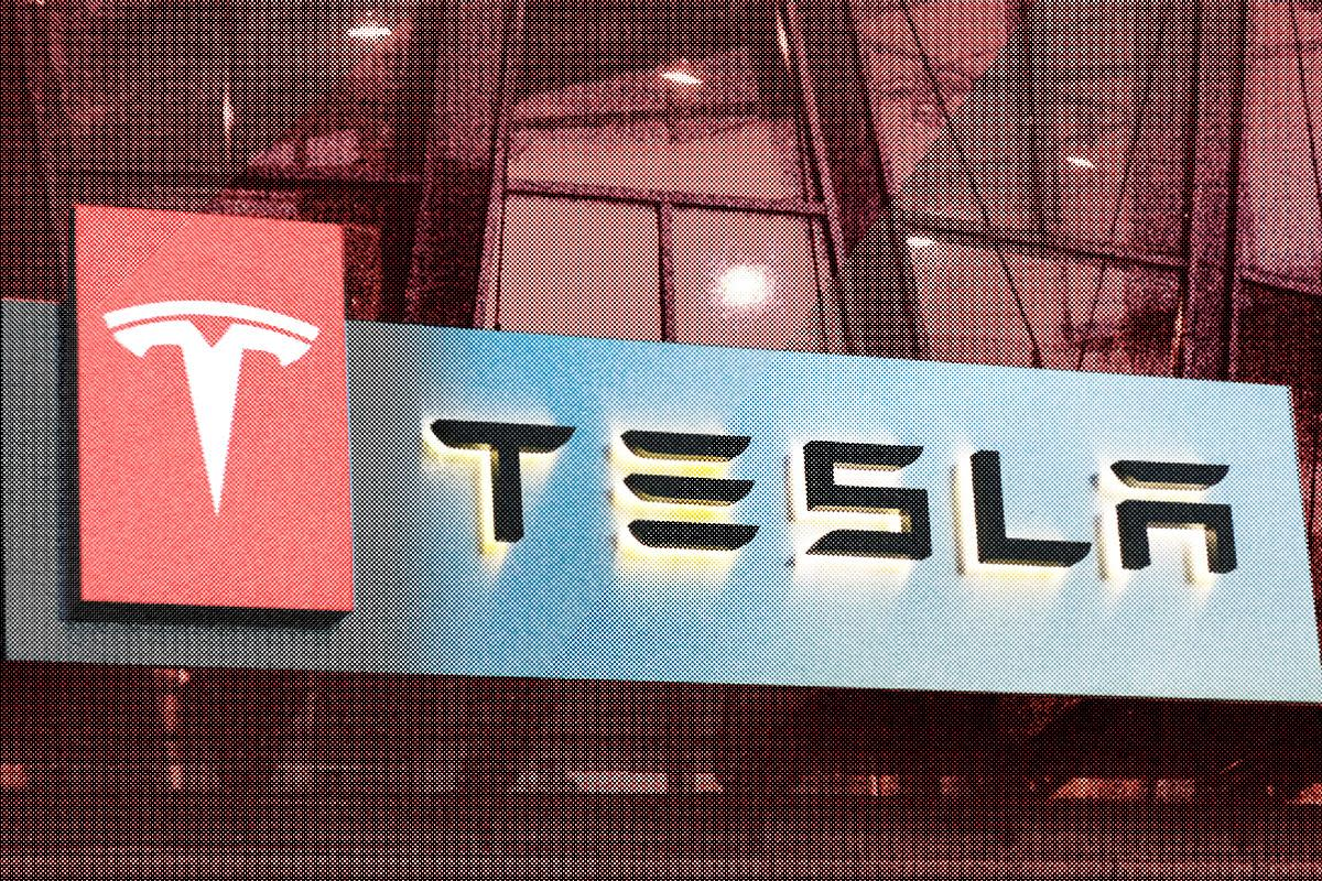 Tesla Price Target Raised to $800 by New Street Research