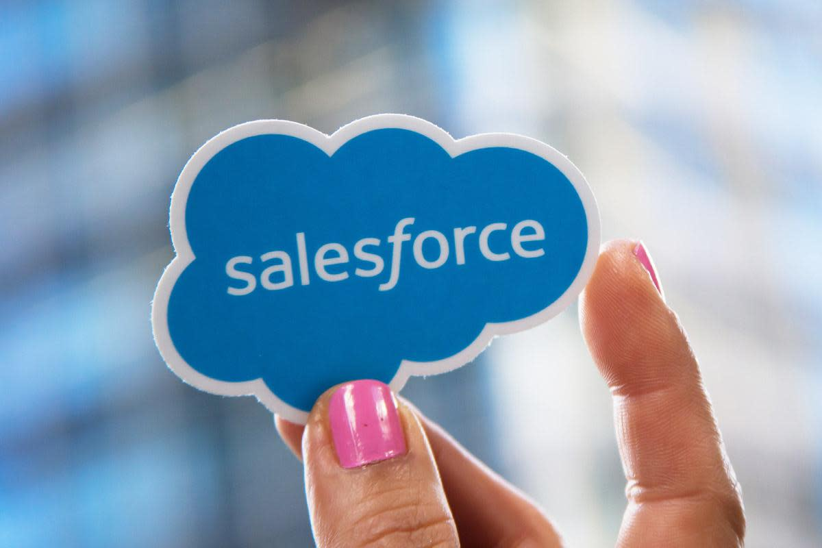 Salesforce Shares Fall as Co-CEO Steps Down: What Wall Street's Saying