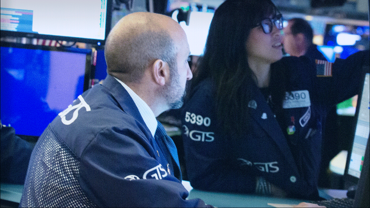 Stocks Finish at Record Highs as Wall Street Ends a Strong Week