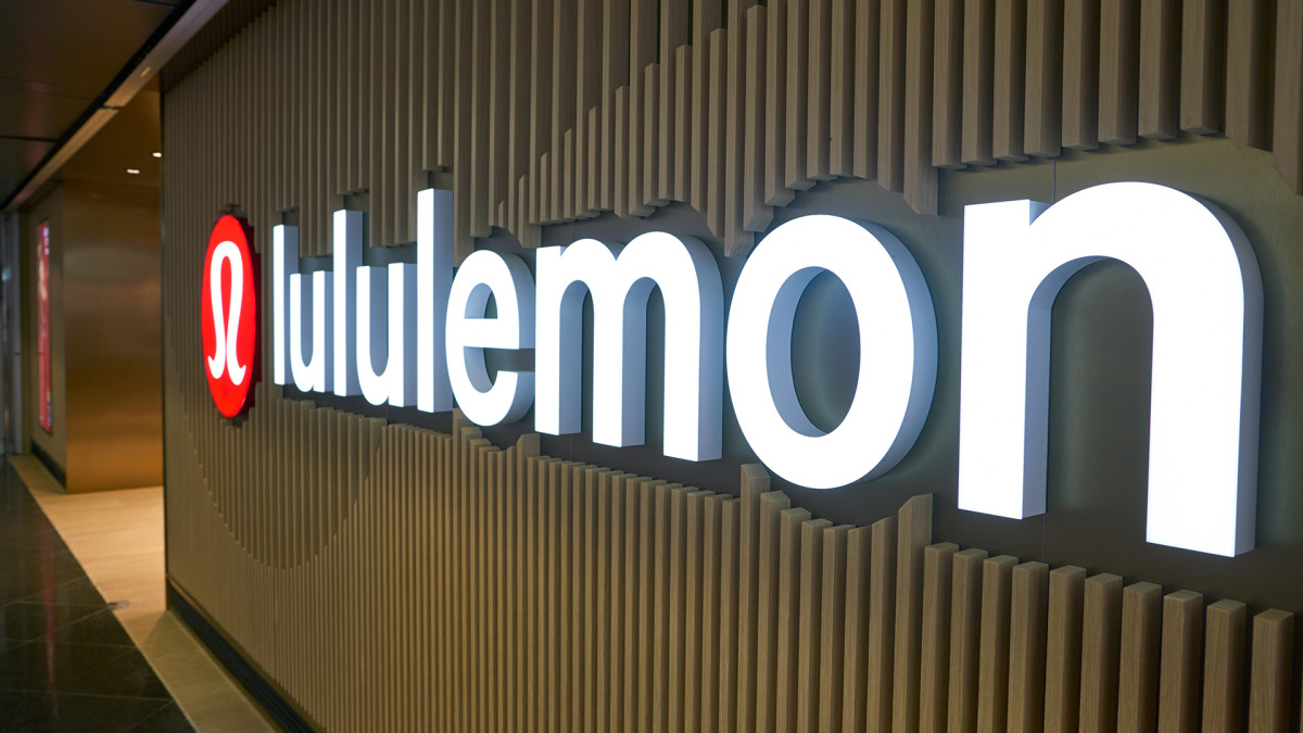 Lululemon Shares Sour After Softer Q4 Profit Guidance Offsets Q3 Earnings Beat