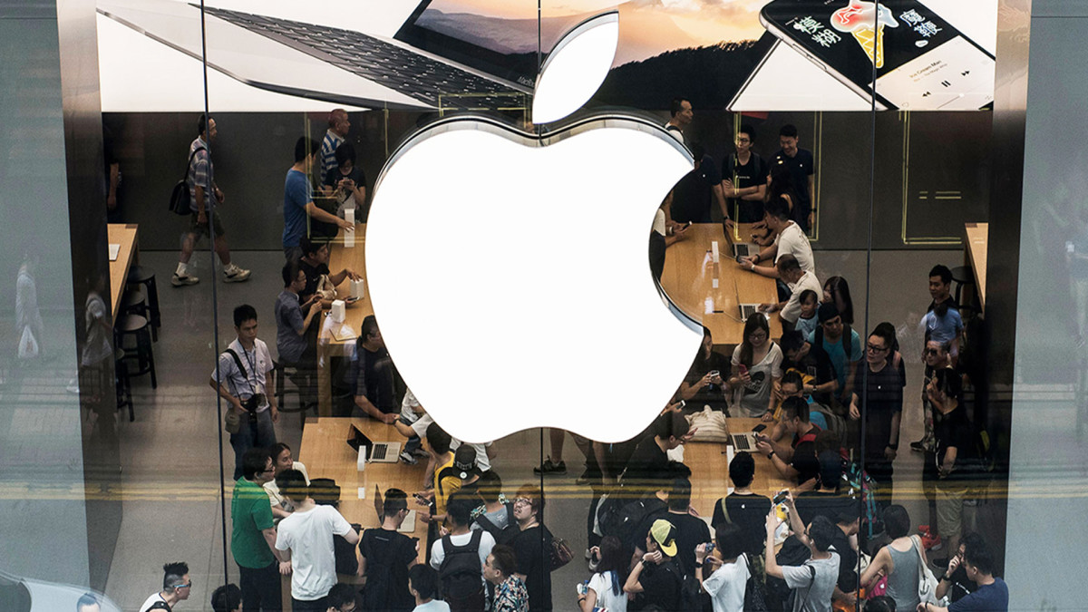 Noted Apple Analyst Raises Price Target on 5G Optimism