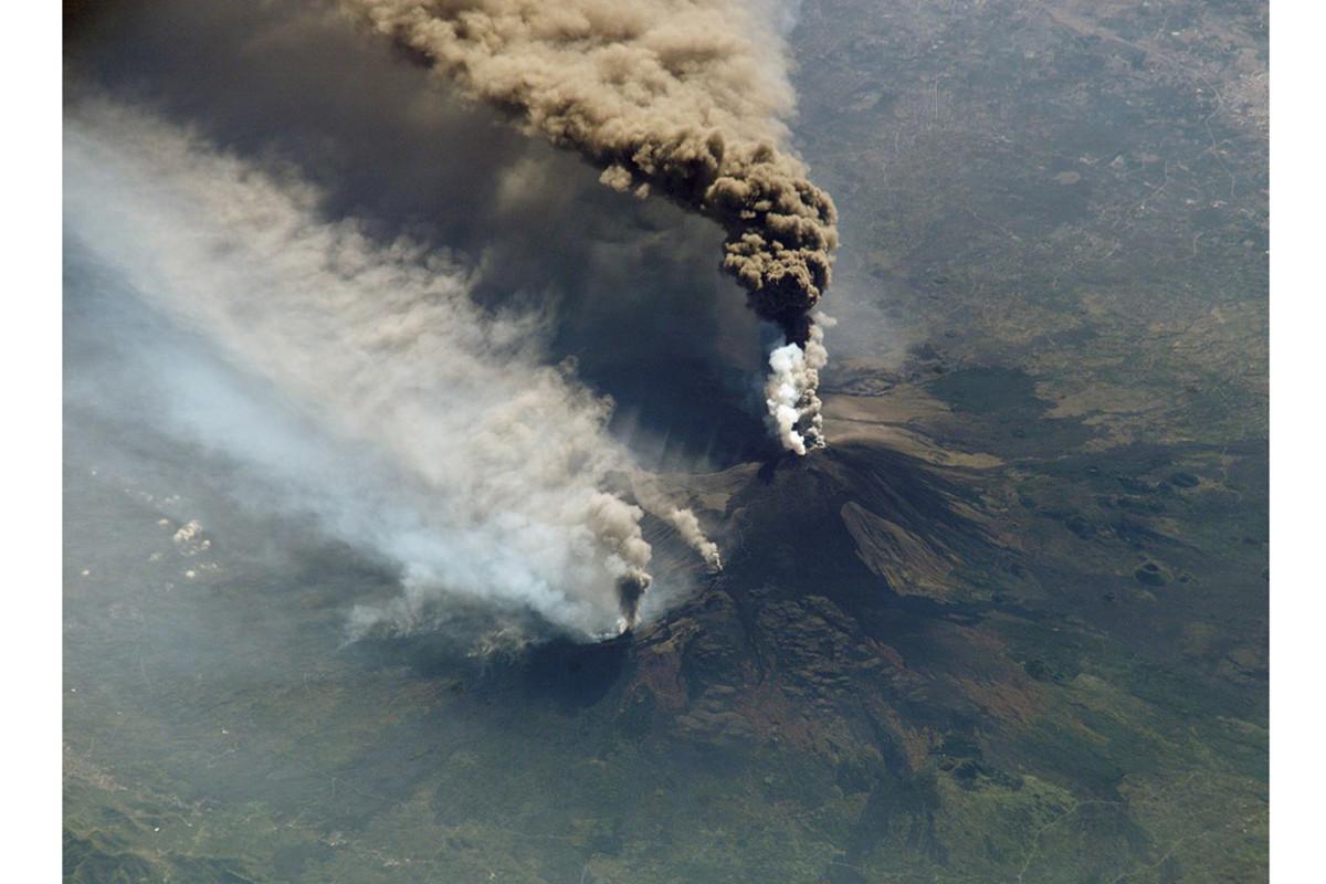 Mt. Etna, 2002