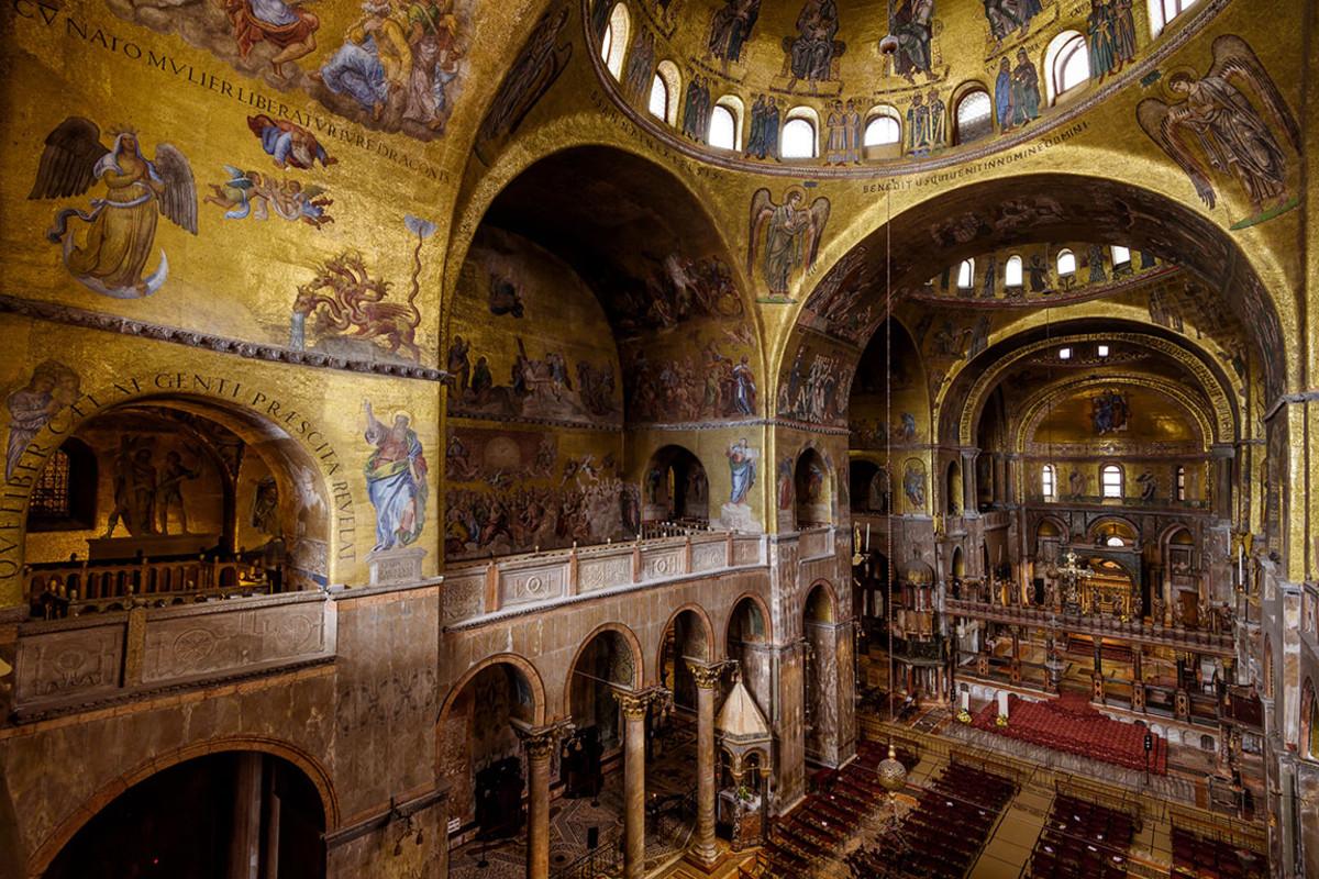 30 venice basilica san marco Viacheslav Lopatin : Shutterstock