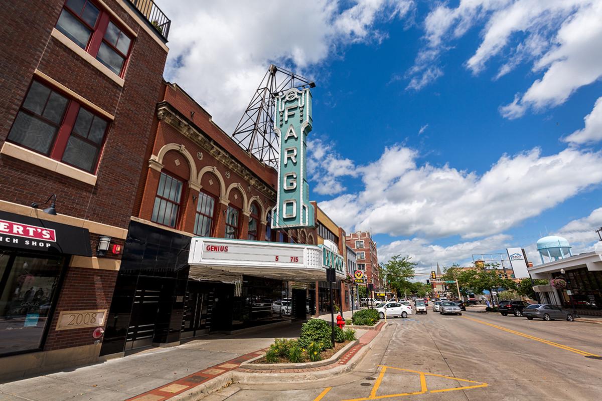 3 North dakota Fargo ND David Harmantas : Shutterstock
