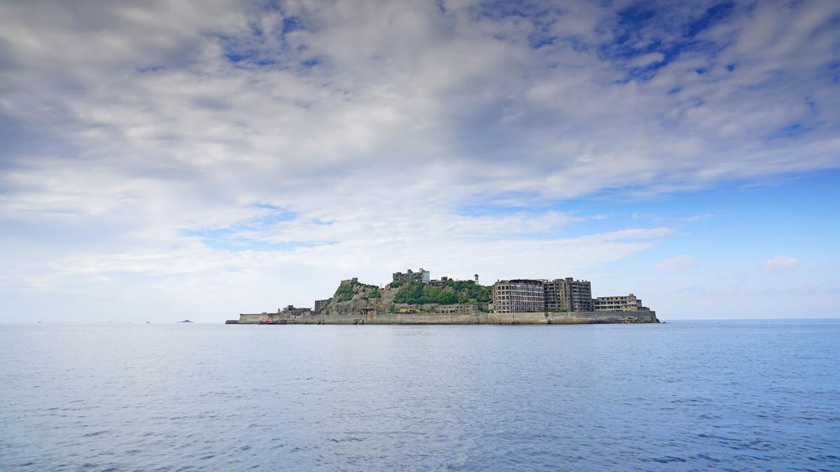 16 Hashima Island japan EQRoy : Shutterstock