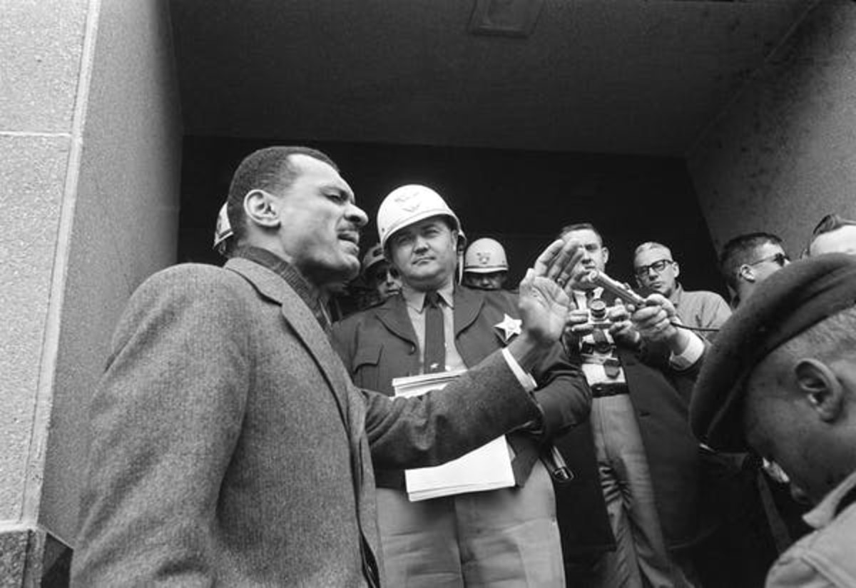 C.T. Vivian leading prayer on the courthouse steps in Selma, Alabama, in 1965. AP Photo/Horace Cort