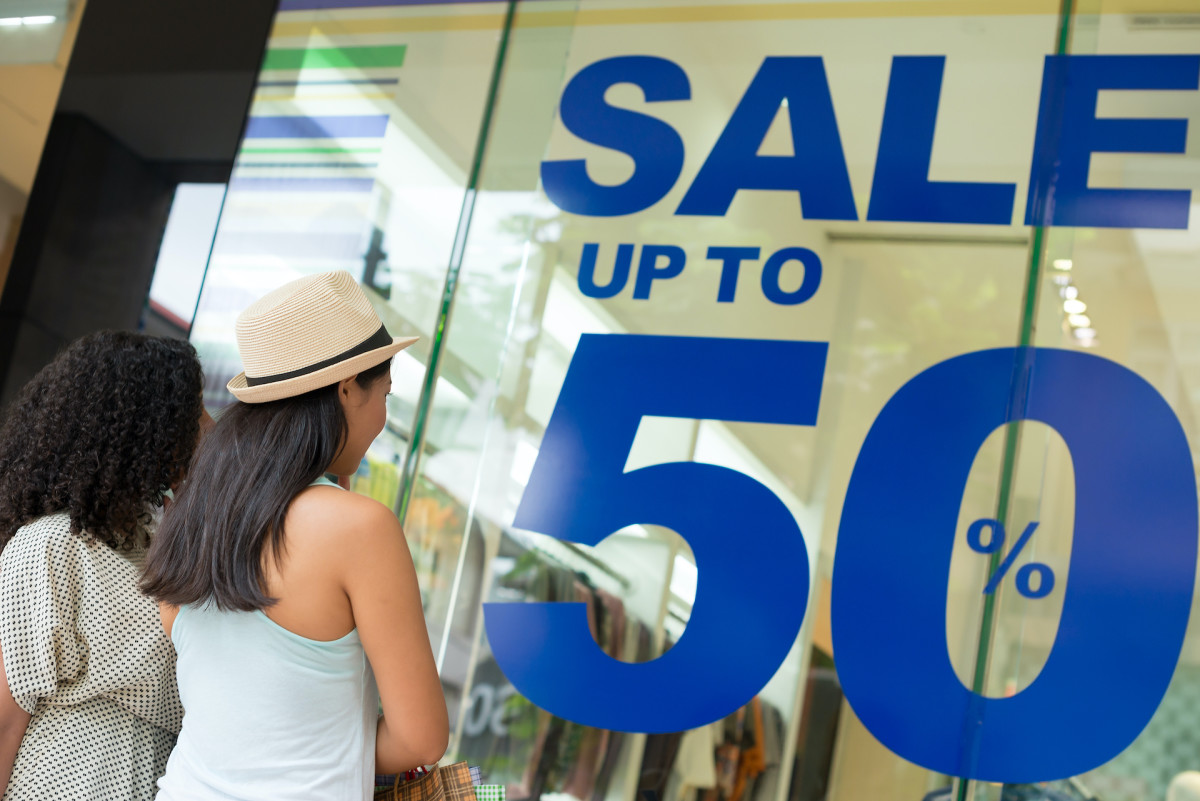Image of article 'September Retail Sales Surge on Clothing, Department Store Boost'