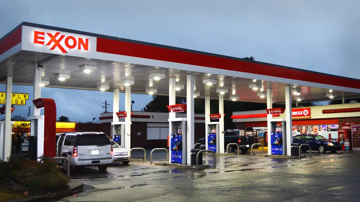 Why Jim Cramer's Not Confident In Exxon's Long-Term Plan