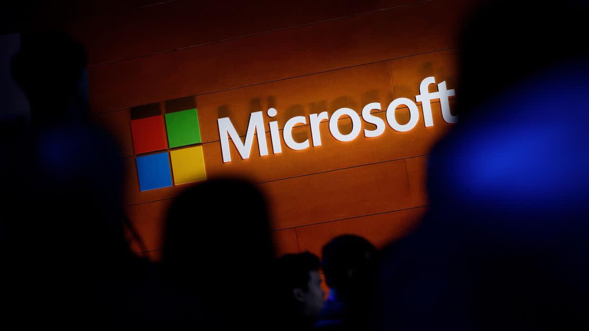 Microsoft Blasts Q2 Earnings Forecast on Cloud, PC...