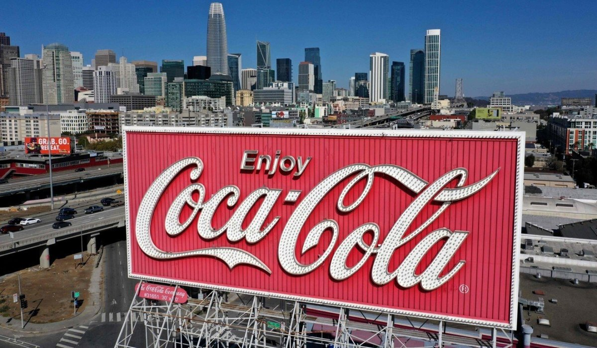 Coca-Cola Rises as RBC Sees COVID Reopening Opportunity