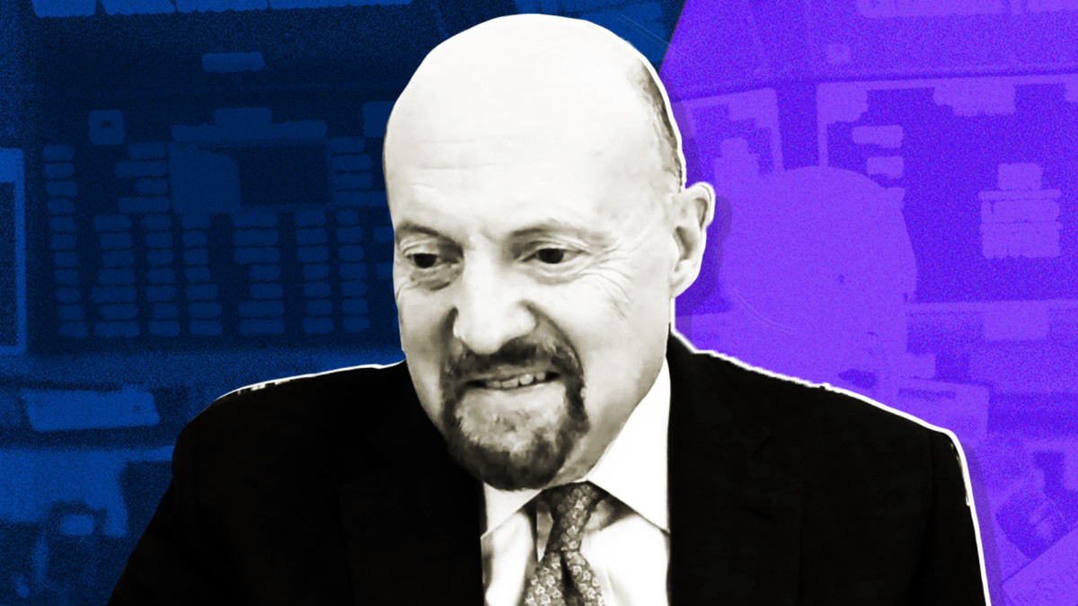 Jim Cramer Says Stimulus Anticipation Is Steroid to Markets Friday