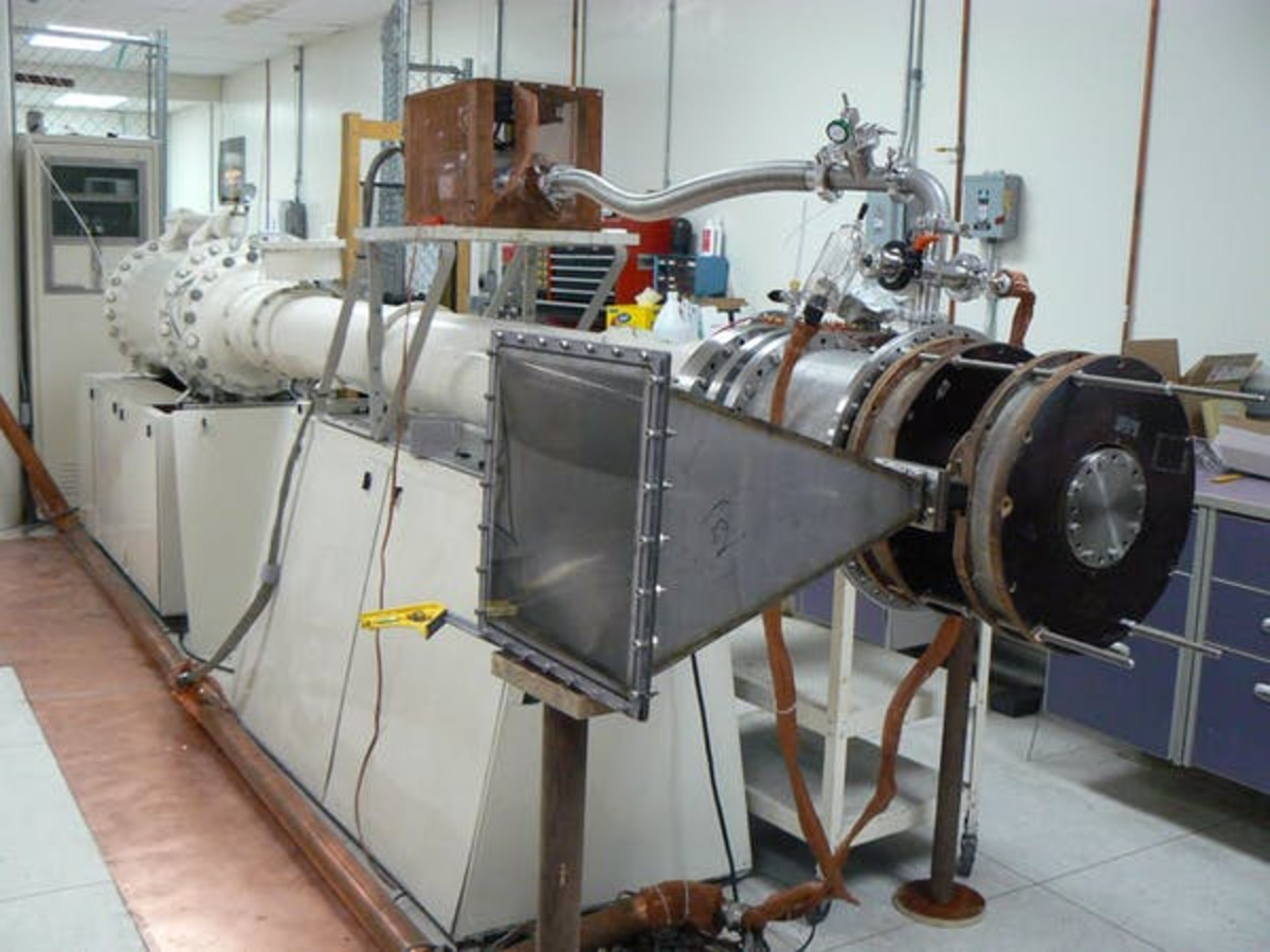 This high-power microwave generator built in the Soviet Union continues to operate in Edl Schamiloglu's lab at the University of New Mexico. Edl Schamiloglu, University of New Mexico, CC BY-ND