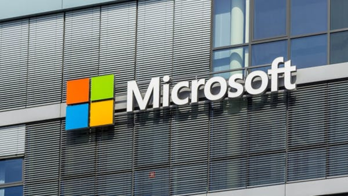 Some of the exposed organizations, like Microsoft, made limited use of the SolarWinds software, which appears to have contained the damage they suffered. Raimond Spekking, CC BY-SA