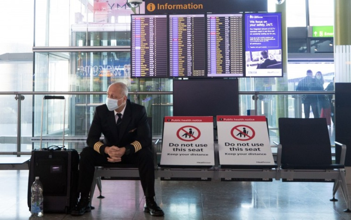 Coronavirus: As Hong Kong Prepares To Review Ban On Arrivals From Britain, Top Medical Adviser Urges Government To Keep Measure In Place For Now