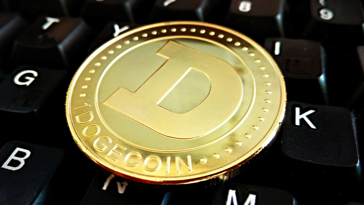 Dogecoin, General Motors, Caesars, Honest Co. - 5 Things You Must Know