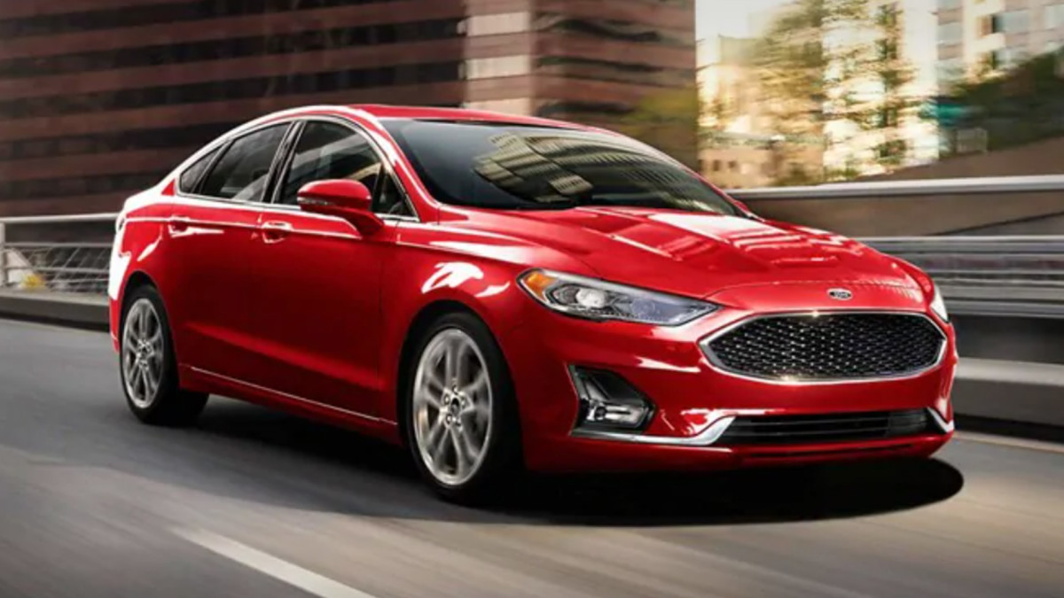 Is Ford the Best Auto Stock to Buy Now?