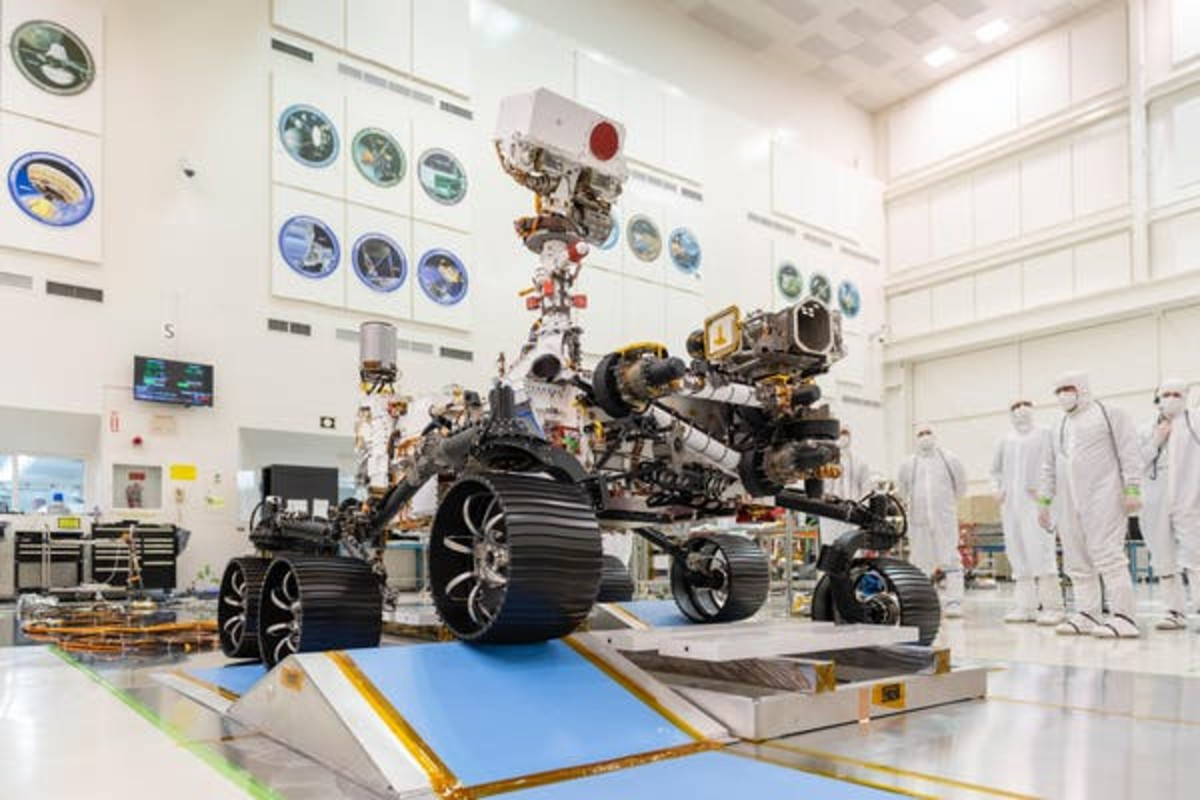 The Perseverance Rover is 90% spare parts from the Curiosity Rover but has a few new tools on board. NASA/JPL-Caltech