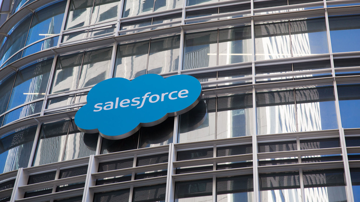 Salesforce Shares Fall On Mixed Results; Co-CEO Keith Block Steps Down