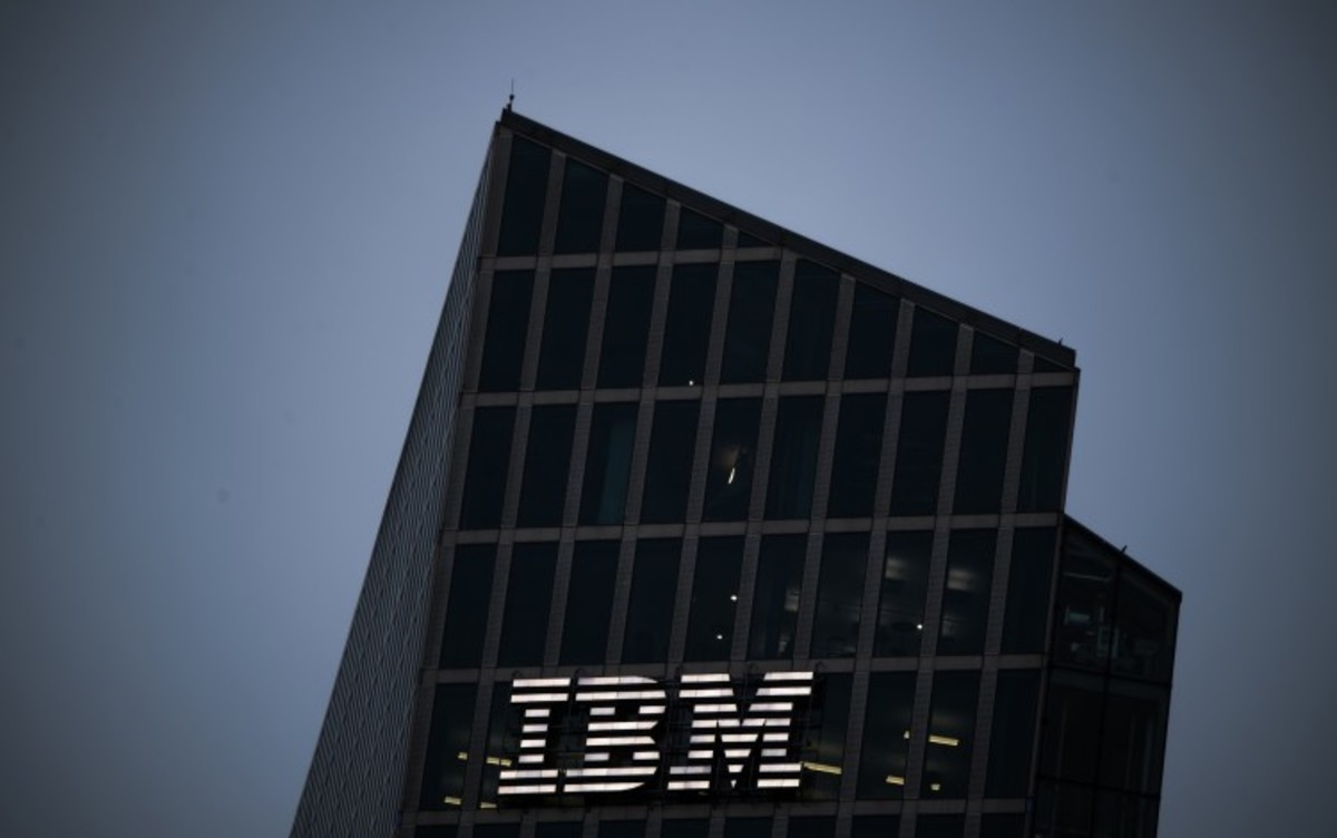 IBM Matches Estimates as Cloud Growth Partly Offsets Legacy Declines