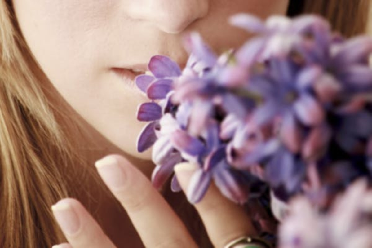 Some people lose their sense of smell. Elipetit/Shutterstock