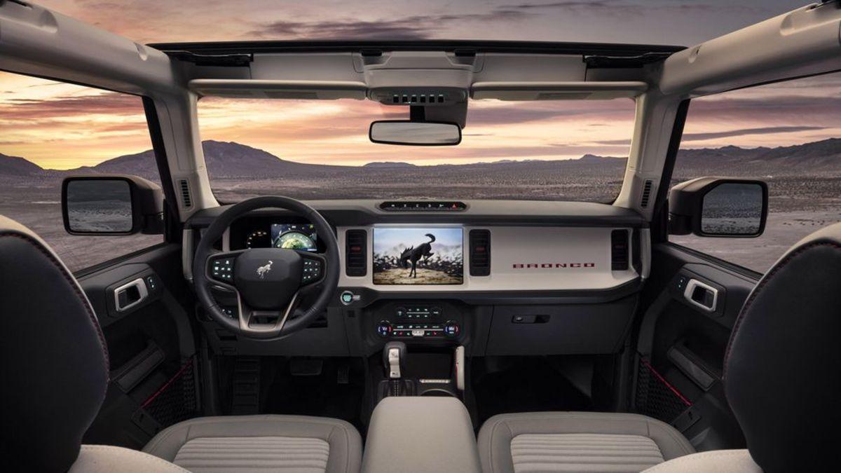 2021-ford-bronco-4-door-020