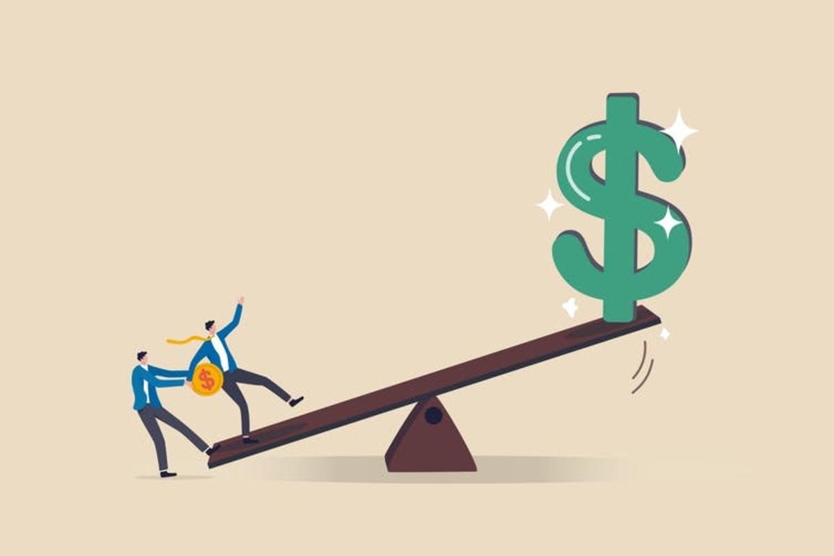 Leveraged loans: the new derivative base par excellence. Eamesbot