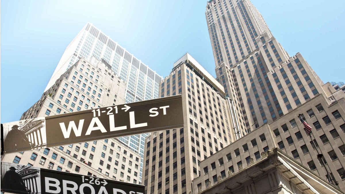 Figure 1: Wall Street sign.