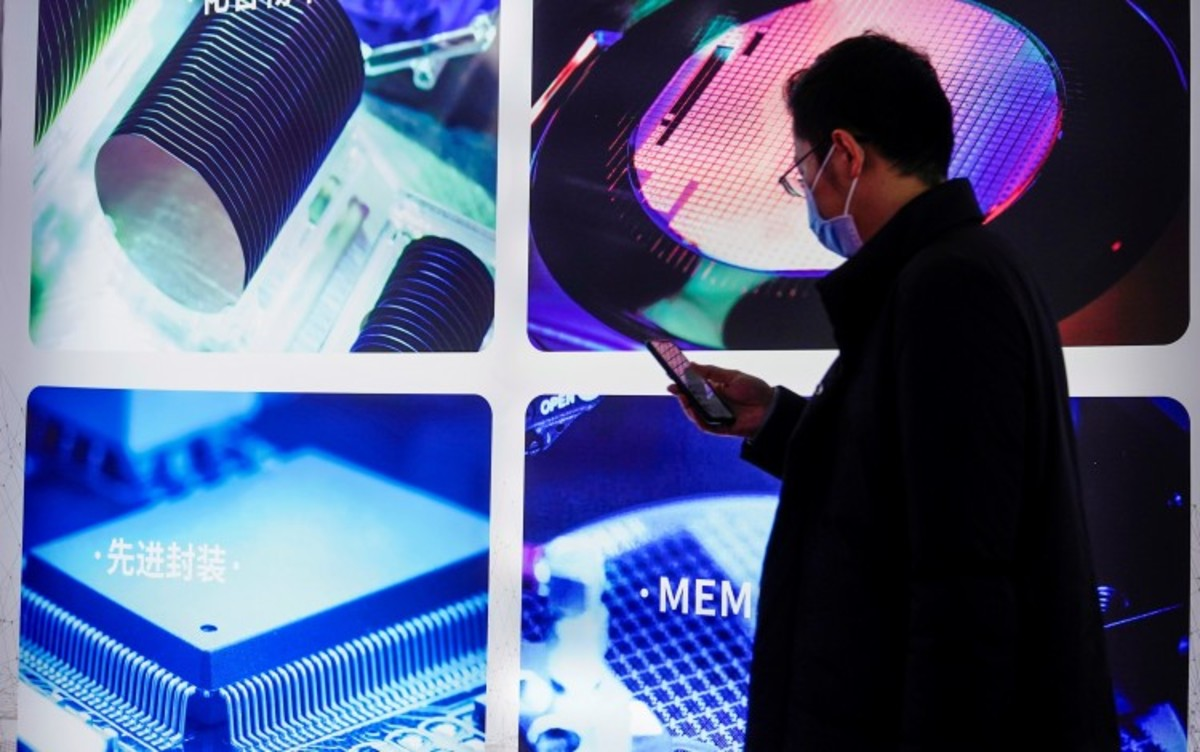 China's Memory Makers Push Into Low-end Chips With Semiconductor Shortage Expected To Run Into Next Year