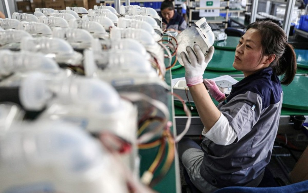 China's Factory-gate Price Inflation Hits Near 13-year High, Manufacturers Pass On Surging Raw Material Prices