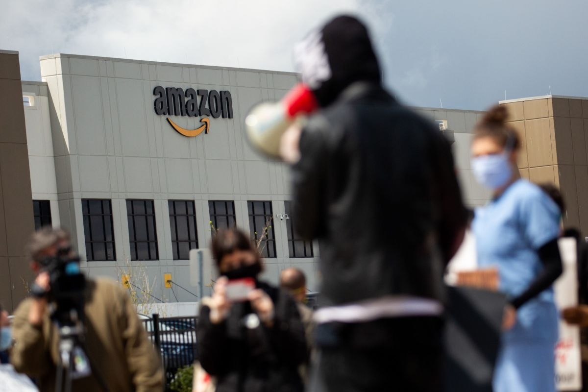Figure 1: Amazon's HR crisis.