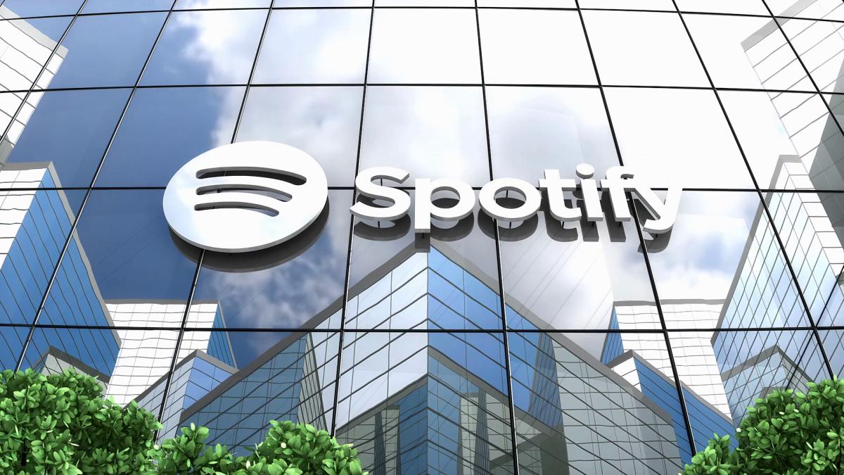 Figure 1: Spotify logo on a building.