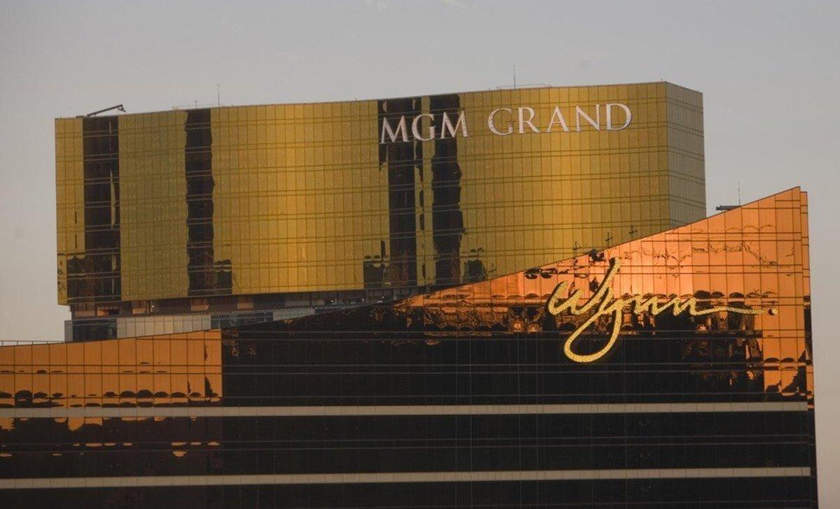 The MGM Grand Macau and Wynn Macau casino buildings on July 24, 2008. Photo: Reuters