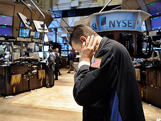 Dow Stages Recovery, but Falls Shy of 10,000