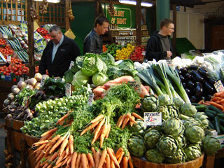 Stop 'n' Shop at Specialty Food Markets